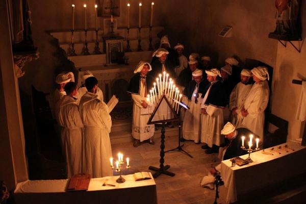 Wprowadzenie do popularnego śpiewu polifonicznego z Doliny Serra na Korsyce