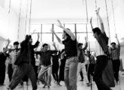 O prostej praktyce performatywnej – proste spotkanie międzyludzkie